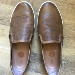 Brand new leather Frye Dylan slip on sneaker | 7.5